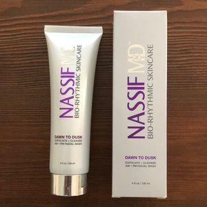 Nassif MD Bio-Rythmic Dawn to Dusk Facial Wash